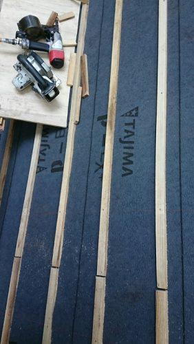 屋根葺き替え工事桟木打ち