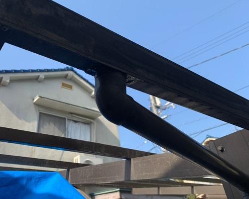 車庫屋根の竪樋修理後