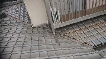 錆びた樋の様子写真