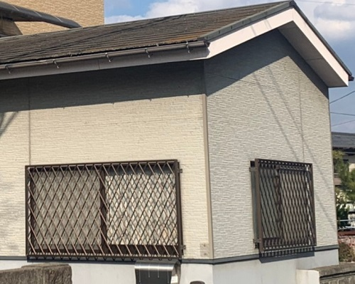 屋根の汚れや色あせ