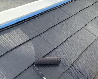 屋根塗装中塗り