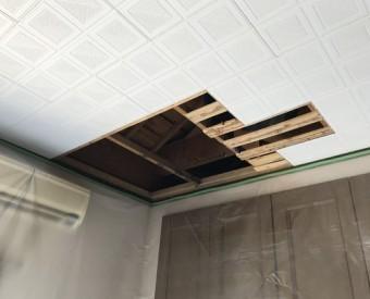 雨漏り補修下地板の交換