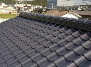 釉薬瓦屋根のリフォーム完了