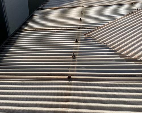 車庫屋根修理前