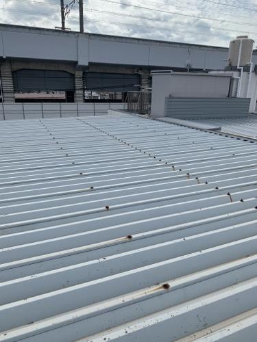 広島ビル屋根