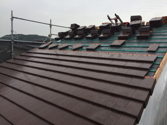 瓦屋根 構造