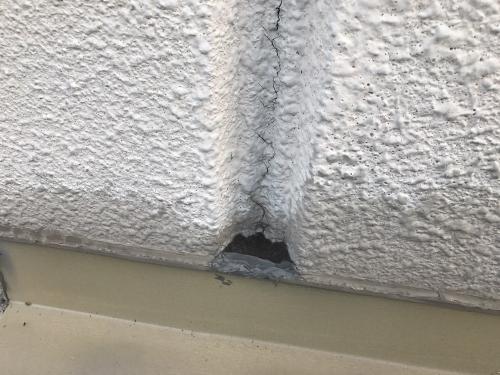 壁のクラック