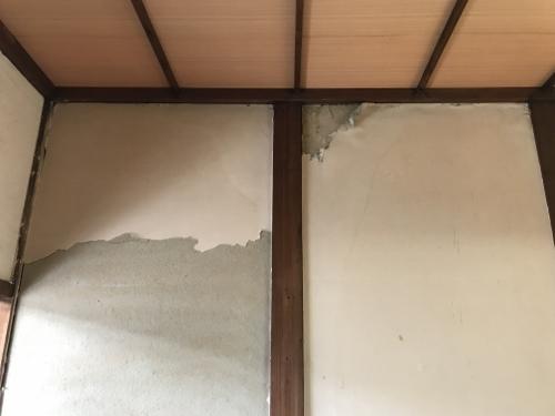 雨漏り壁の傷み