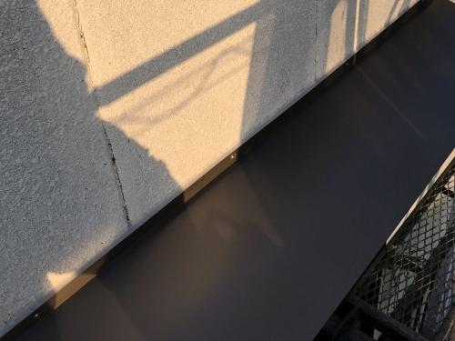 庇の板金カバー