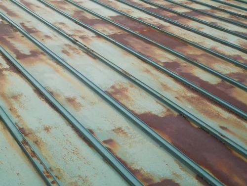 瓦棒屋根サビ