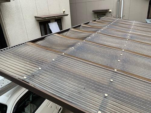車庫の屋根の劣化